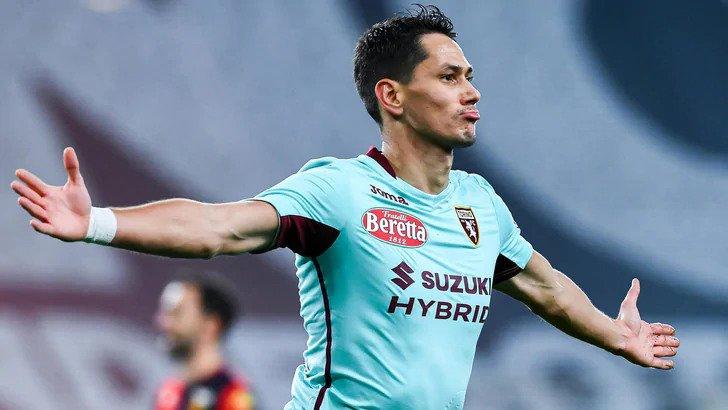 Lukic con la maglia del Torino