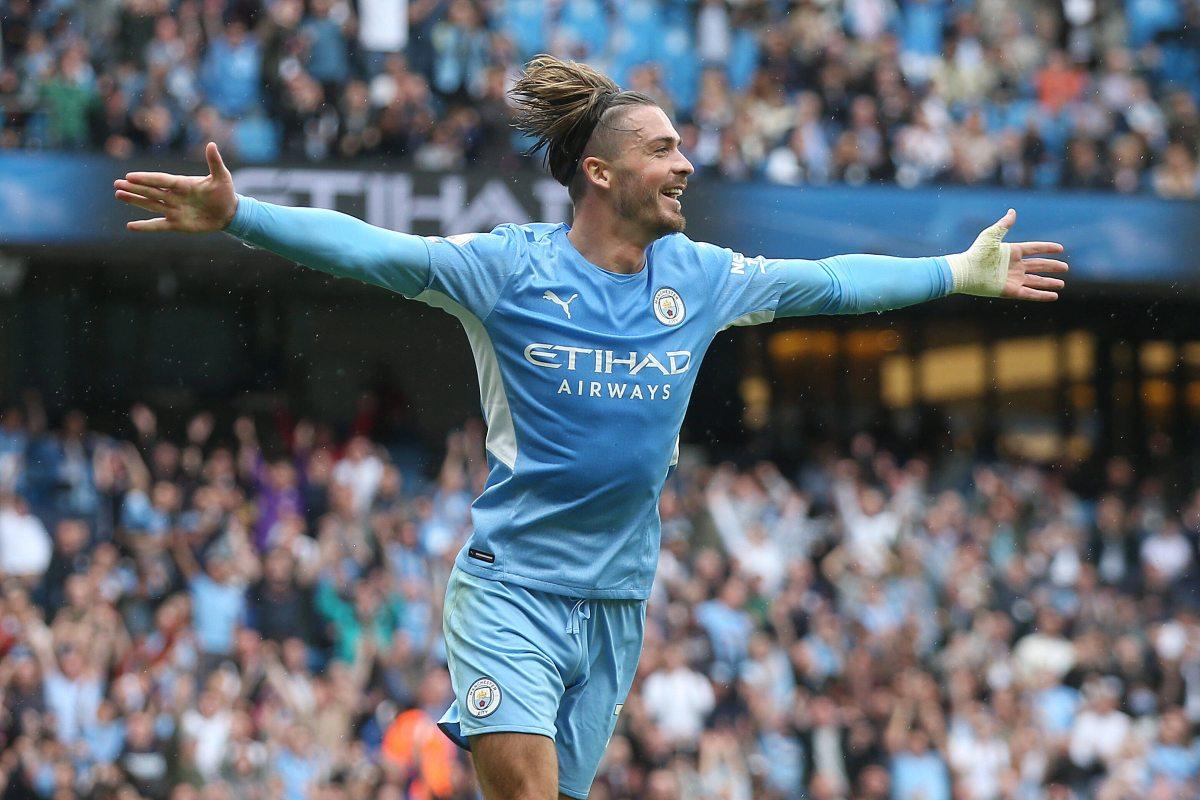 Jack Grealish con la maglia del Man City